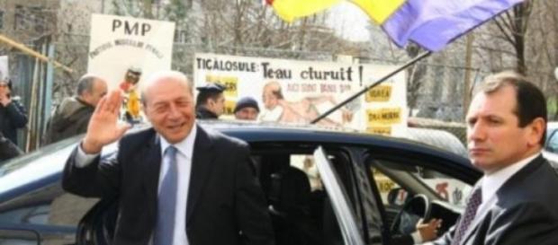 Traian Basescu a ajuns la Parchetul General
