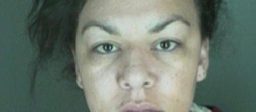 Dynel Lane está acusada de esventrar grávida