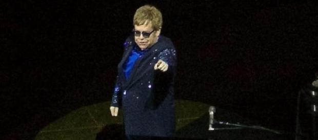 Elton John points the way for Watford to promotion