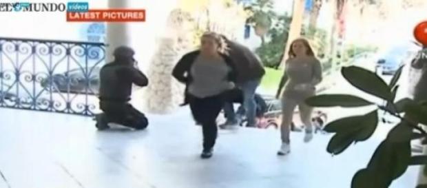 Imágenes de la liberación de los rehenes en Túnez
