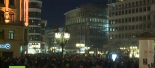 In 10mila a Francoforte contro la nuova sede BCE
