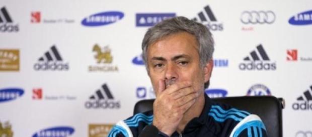 Mourinho elogia futebol de  Salah na  Fiorentina