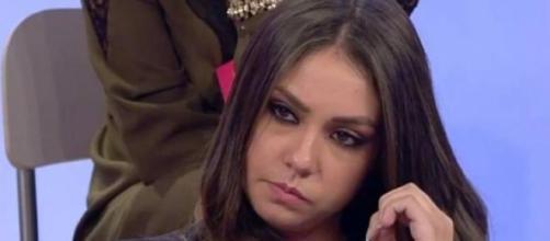Sharon Bergonzi criticata prima e dopo la serata