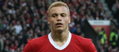 Wes Brown red card has been rescinded on appeal