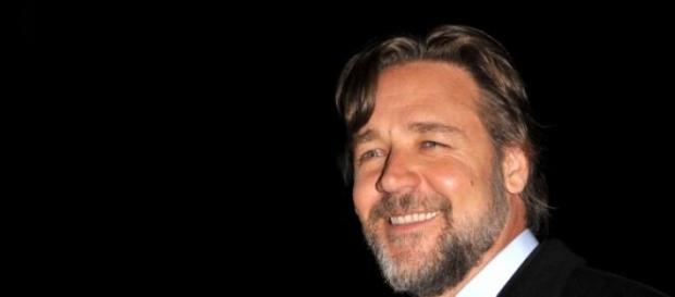 Crowe é dono de uma equipa de rugby australiana.