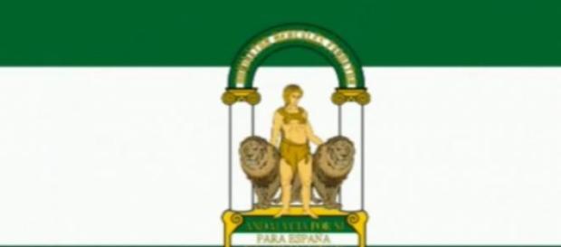 Foto de archivo(Bandera de Andalucía)
