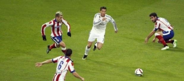 Real Madrid y Atlético, en un partido de este año