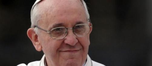 Anche un miracolo per Papa Francesco a Napoli