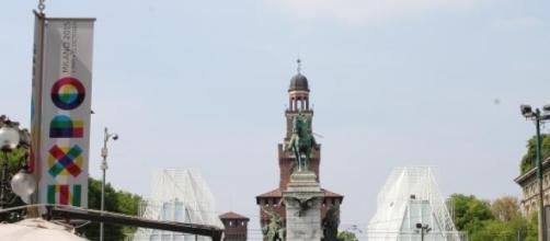 Un'immagine di Milano, piazza Castello