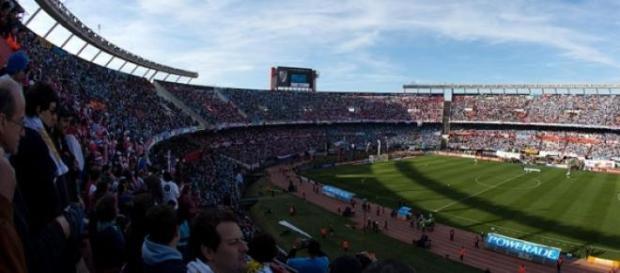 El Estadio Monumental, abarrotado como es habitual