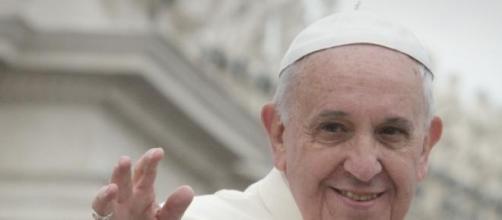 Un'immagine gioiosa di Papa Francesco