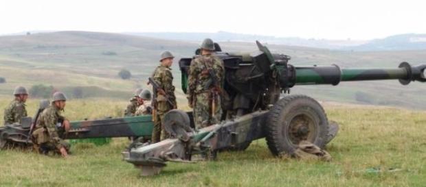 Peça de artilharia similar às usadas na Ucrânia.