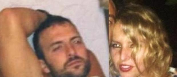 Una foto della giovane coppia