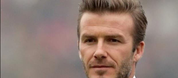 Victoria Beckham quiere ayudar a su marido