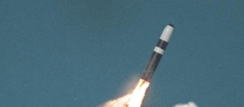 Armas nucleares voltam a opor Ocidente e Oriente.