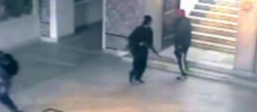 Isis, ultime news: 'Sgozzateli, affogateli'