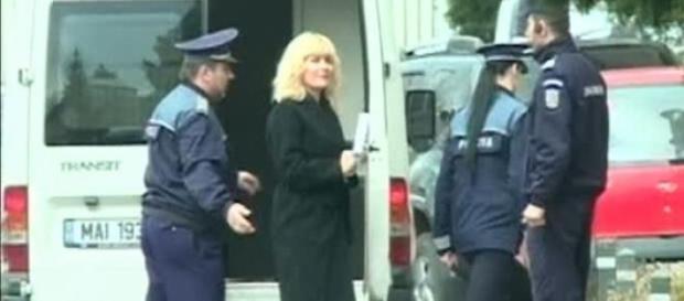 Elena Udrea se reintoarce in spatele gratiilor