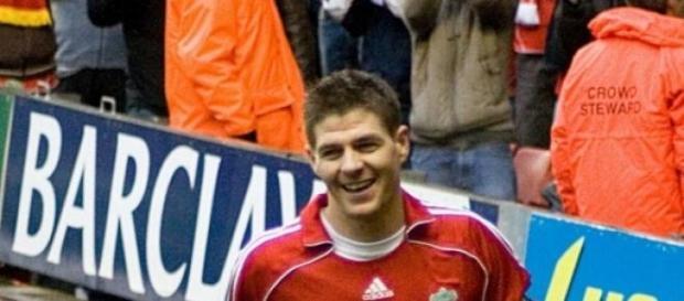 Gerrard esteve 42 segundos em campo