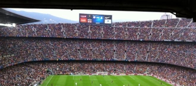 Barcelona besiegt Real Madrid im Camp Nou durch Tore von Suarez und Mathieu. Für Real trifft Ronaldo. Der verdiente Sieg ist ein großer Schritt zum Meistertitel. Das Niveau der Partie war niedriger als erwartet.