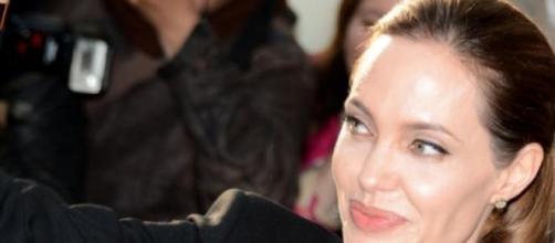 La actriz Angelina Jolie en una presentación