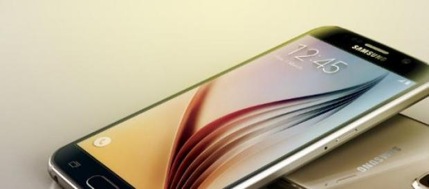 Samsung Galaxy S6 Duos con doble SIM.