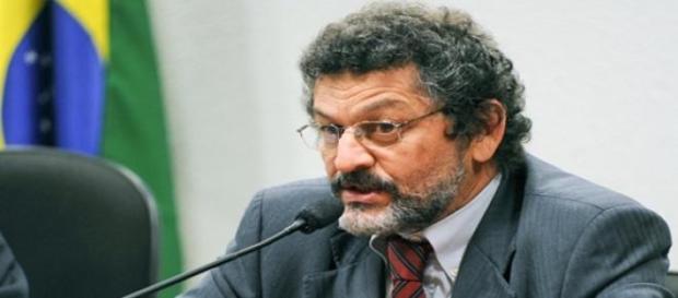 Senador será presidente da CPI