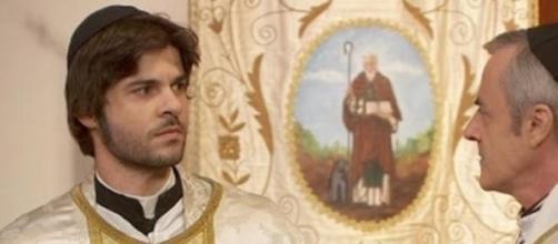 Don Celso rivela l'identità di Gonzalo
