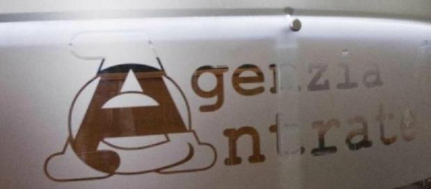 "Agenzia delle Entrate: ""Elimina code online""."