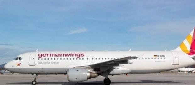 Airbus A-320 similar al siniestrado
