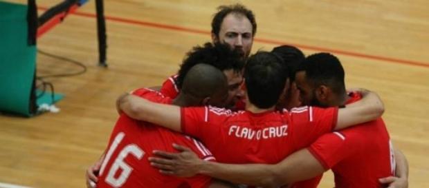 Benfica vence Ravena e está perto da final