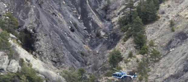 Copiloto derrubou deliberadamente a aeronave