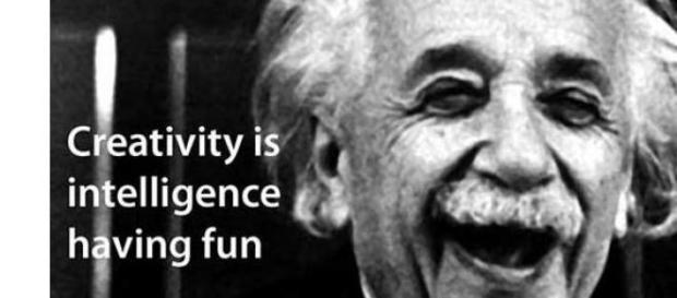 Creativitatea este o distractie inteligenta