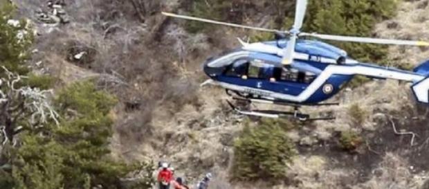 Equipas de resgate nos Alpes Suiços