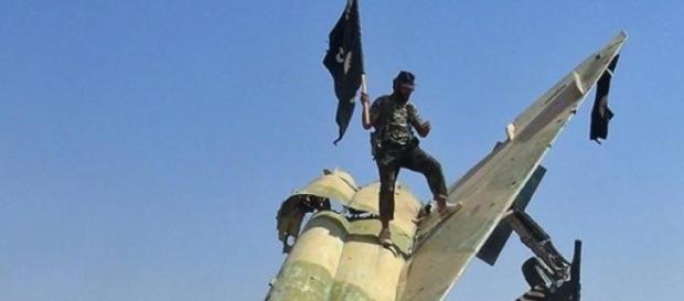 isis, smantellata cellula in italia