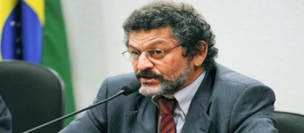 Senador Paulo Rocha preside a Comissão