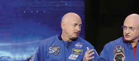 Scott Kelly e Mark Kelly são ambos astronautas