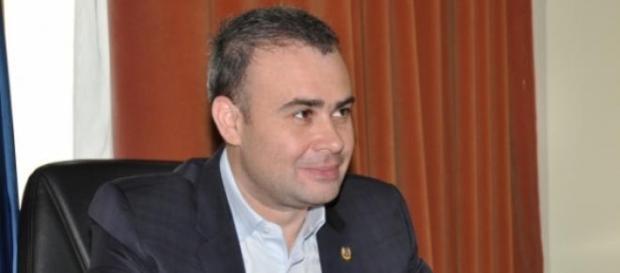 Darius Valcov a furat ca-n codru