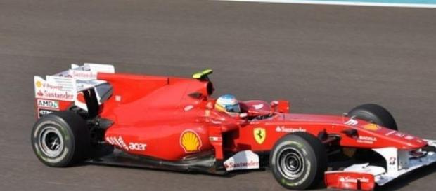 Fernando Alonso participa en el GP de Malasia