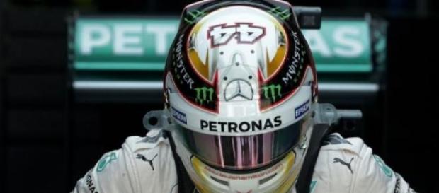Hamilton momentos antes de comenzar la carrera