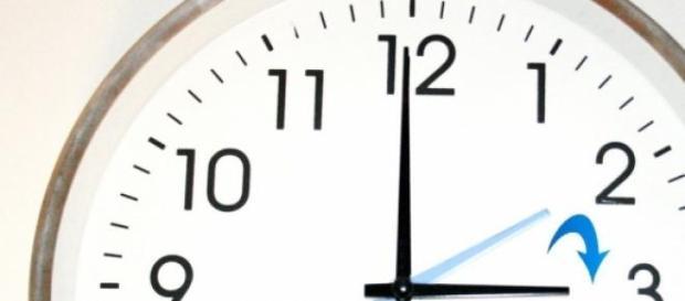 Hoy a las 2 serán las 3, es el horario de verano