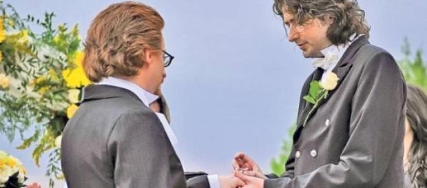 Legalizarea casatoriei intre homosexuali
