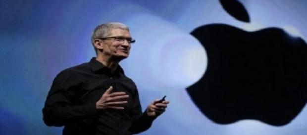 Tim Cook isi doneaza averea