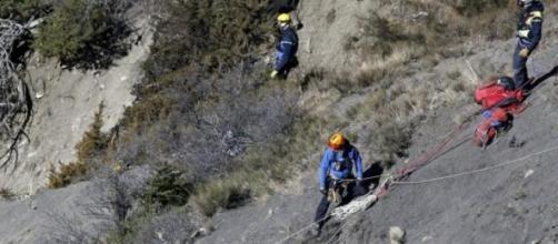 Arduas labores de búsqueda en plenos Alpes.