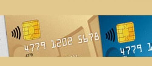 tarjetas de crédito y débito con el ícono Wi-Fi