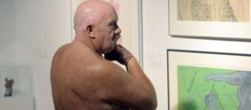 Visitante da exposição (Foto:Aaron Harris/Reuters)