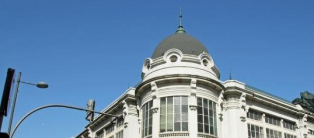 A reconstrução do teatro do Bolhão está concluída