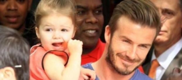 Harper de três anos é a menina do Clã Beckham