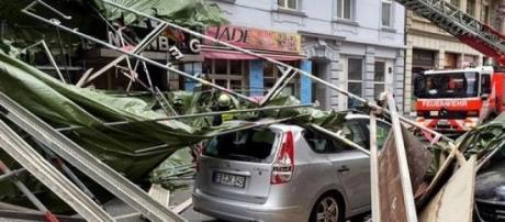 O caos e destruição predominam nas ruas