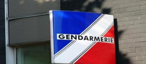 La gendarmerie poursuit son enquête.