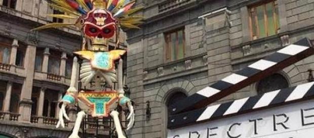 Calavera de papel maché en el Munal, México.